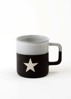 SFMCabin vibe black mug star 01 lowres